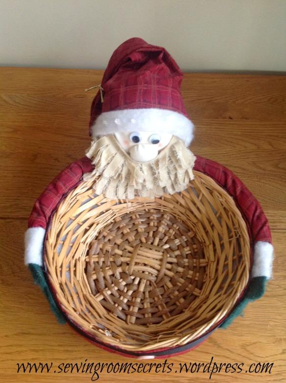 Santa basket pics 017